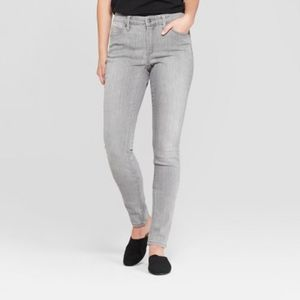 Universal Thread Mid-Rise Skinny Jeans New Gray